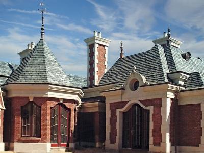 Chateau V – West