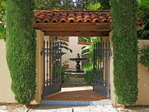 Via Mañana – Courtyard