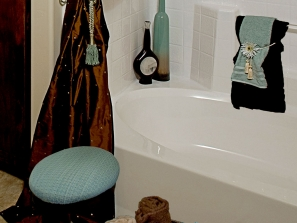 Staging – Bathroom Detail
