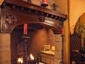 Villa Zeffiro – Grotto Fireplace